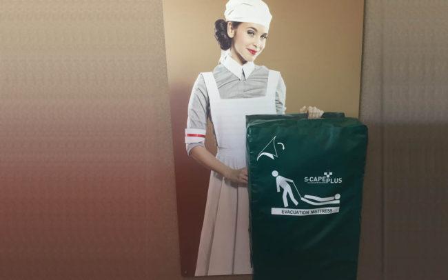 BHV ophangsysteem Verpleegster Retro
